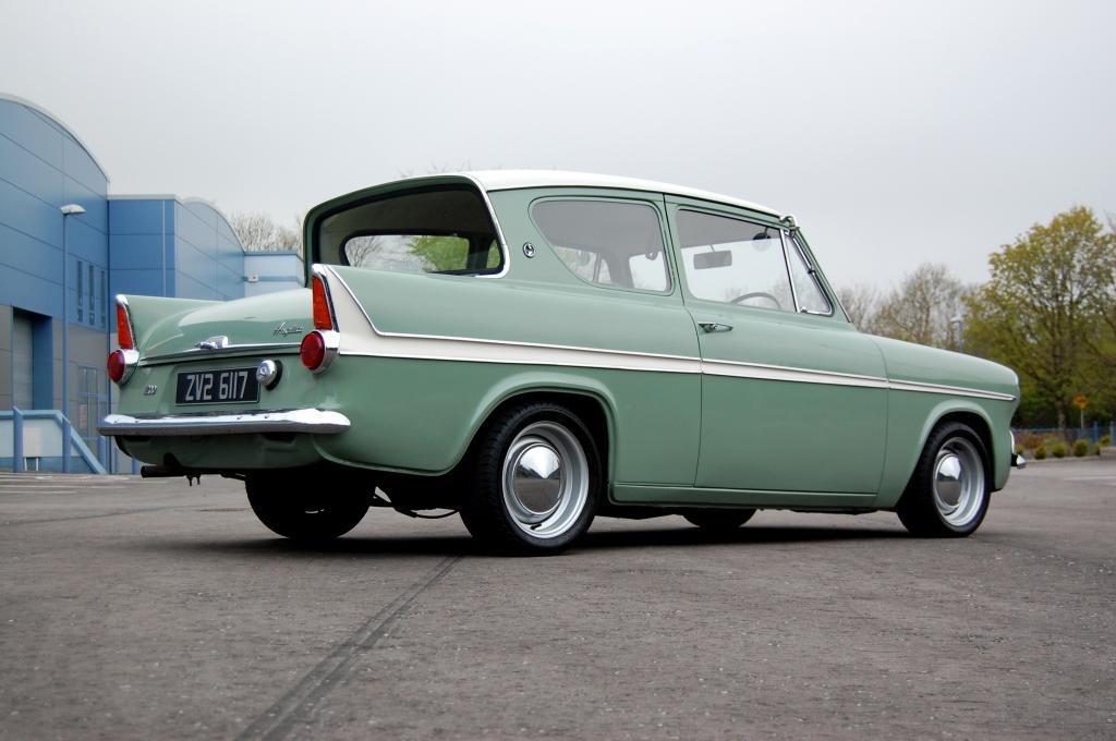 1967 Anglia 123e Super