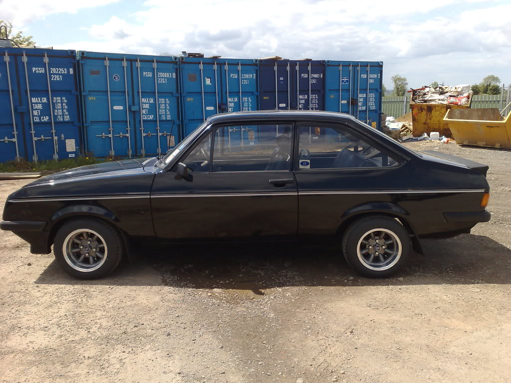 FOR SALE.......BLACK RS2000 MK2 Escort