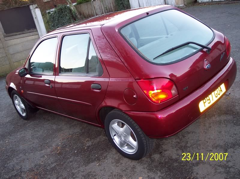 Fiesta Ghia 5 Door Pepper Red Mk4