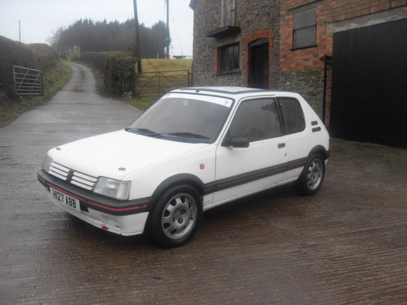 Peugeot 205 gti Trackday/road rally car
