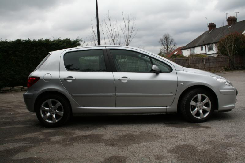 New Shape Peugeot 307 1 6 Se 55 Plate 5dr Hatch 163 3800